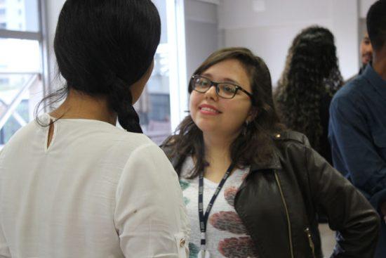 Interação entre os participante